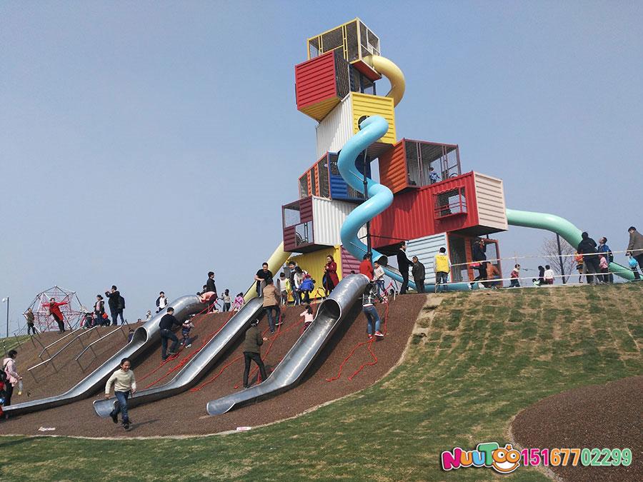 非標游樂+集裝箱游樂+兒童樂園設備+不銹鋼滑梯 (92)
