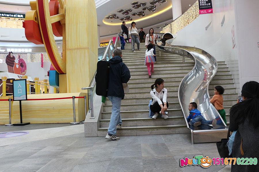 乐图非标游乐+北京枫蓝国际购物中心+不锈钢半圆滑梯-(20)