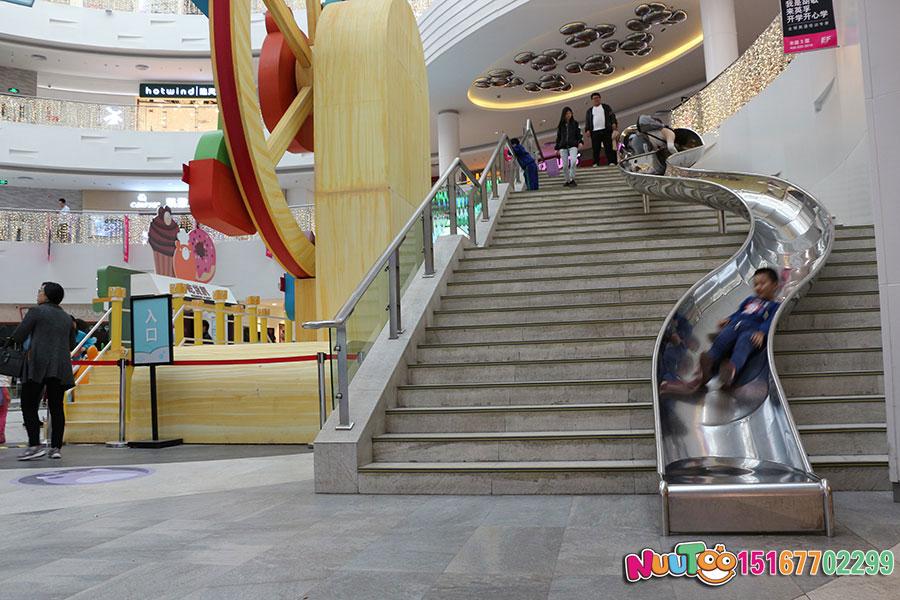 乐图非标游乐+北京枫蓝国际购物中心+不锈钢半圆滑梯-(24)