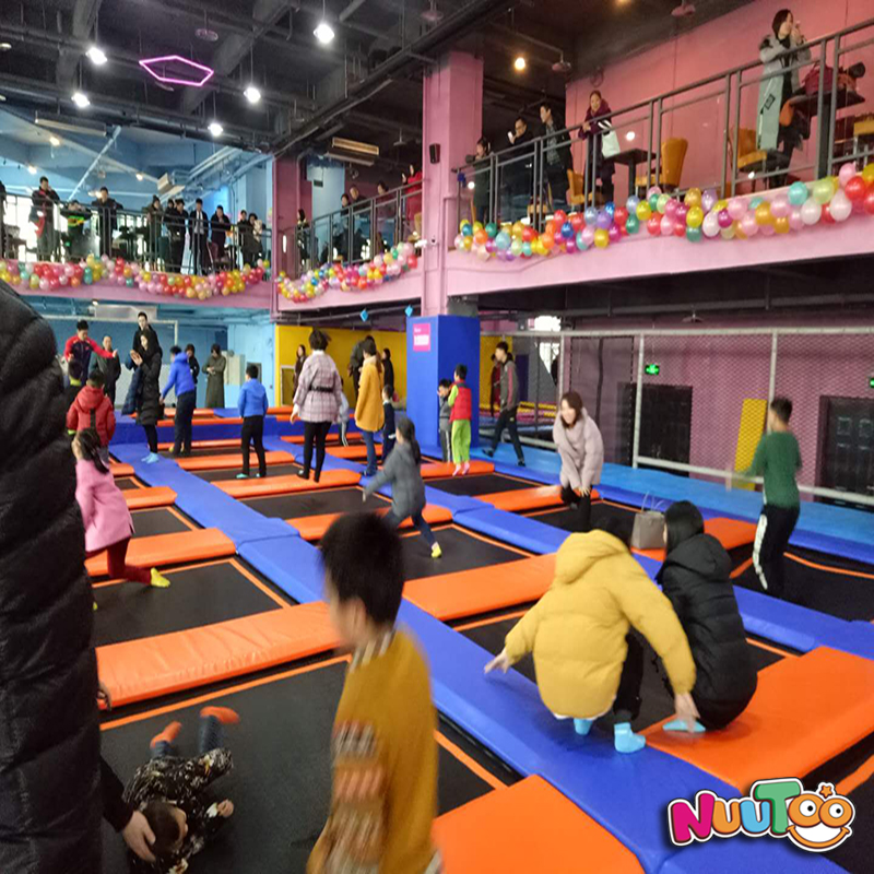 樂圖室內兒童樂園大型蹦床公園重慶歡樂蹦案列