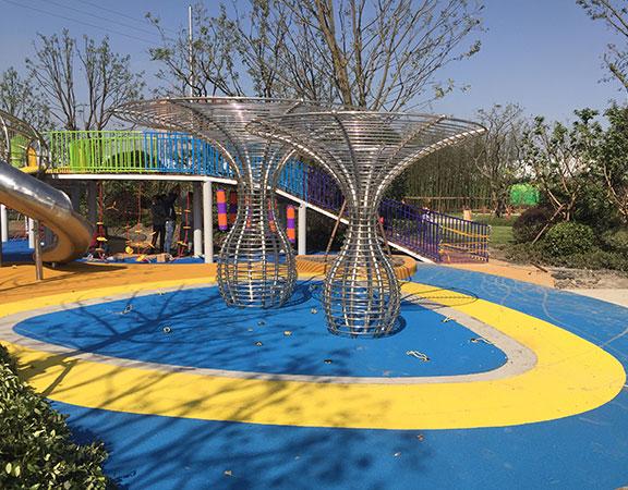 樂圖非標游樂+不銹鋼滑梯+兒童游樂設施.jpg
