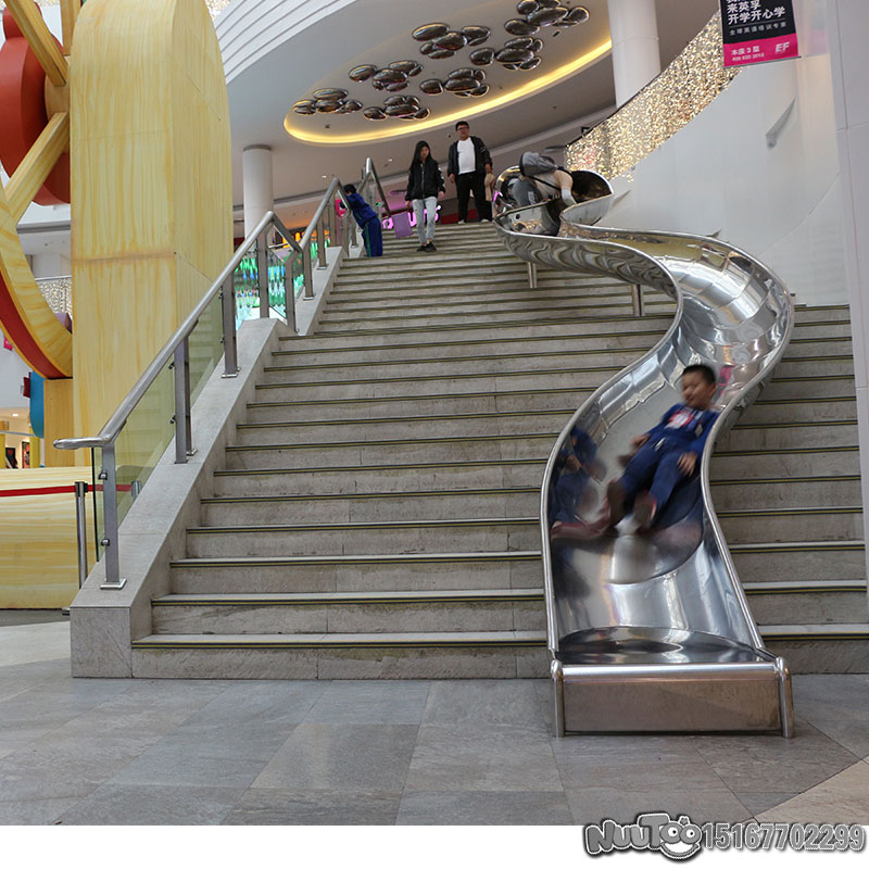 定制不銹鋼滑梯為什么火?